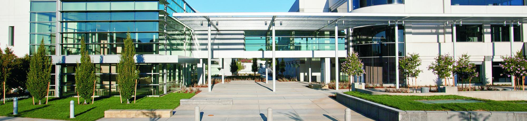 Image of the exterior of the UC Davis health Cancer Center building